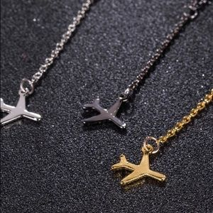 Airplane Dangling Necklace In Black